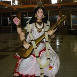 Devi Saraswati Statue