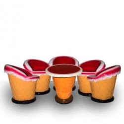 Ice Cream Cone Shape Table With Chair- Set Of 5